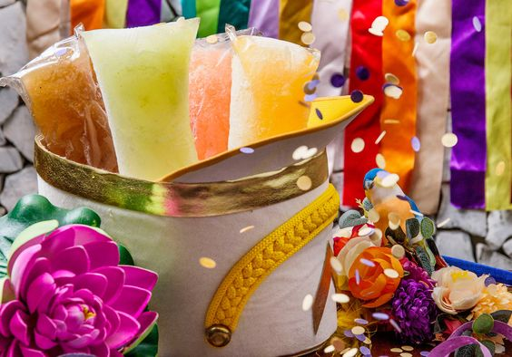 Os geladinhos alcoólicos são tudo o que você precisa nesse Carnaval