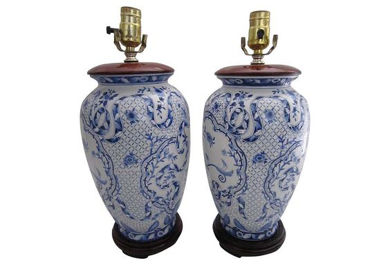 chinese blue white lamps pair white porcelain blue and white and. Black Bedroom Furniture Sets. Home Design Ideas