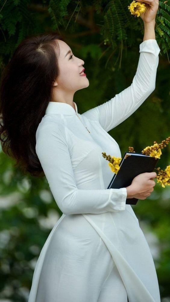 Áo trắng - Quần trắng - Áo dài nữ sinh - MyKingList.com
