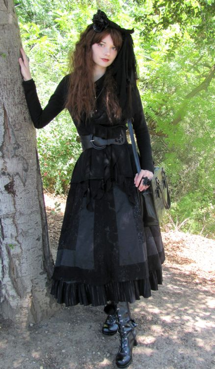 Undo the belt and you've got a great dark mori look.