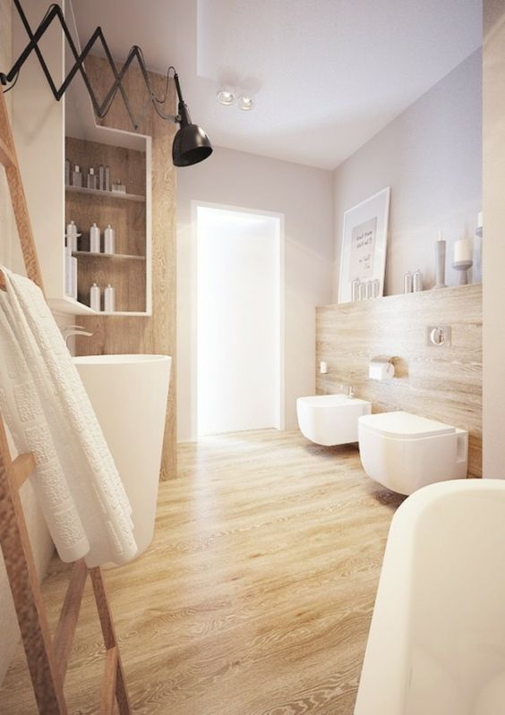 Sonnenlicht in jeder Ecke der Wohnung und sogar im Bad