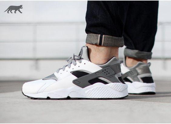 Nike Air Huarache (White / Wolf Grey - Black - Cool Grey)