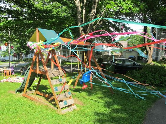 Swingset-with-st