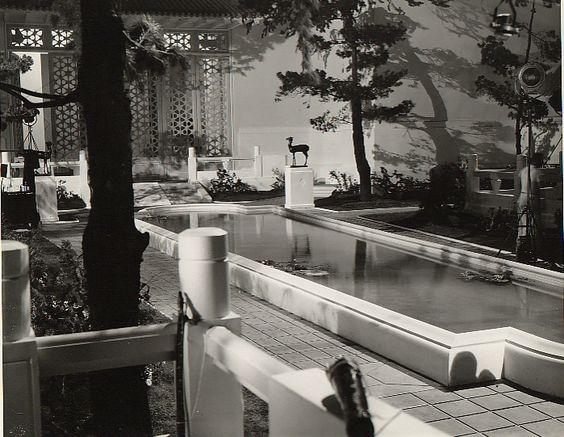 Lost Horizon set. Frank Capra.: