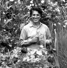 Michael Tierra first started studying herbal healing while living at the Black Bear Ranch commune of CA during the 1960's <3