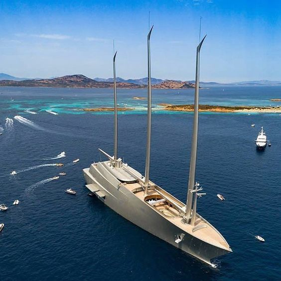 This Crazy Giant Gigayacht Is The Size Of An Oil Tanker Oil Tanker - Giga yacht takes luxury oil tanker sized extreme