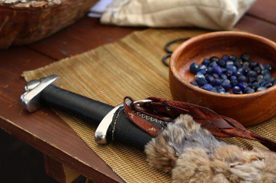 thisbrokenwheel:   Arts & Crafts by Matthew Baldwin    Via Flickr: