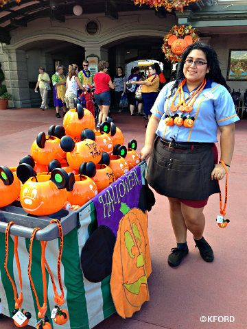 Guide to Mickey's Not-So-Scary Halloween Party in 2017 | Scary ...