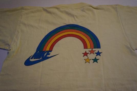 tee shirt nike 1972