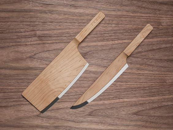 Maple Knives From Ordinary to Extraordinary: The Sleek Organic Feel of Maple Set Knives