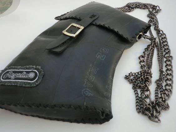 Oringinal bag whith three sorts of chains