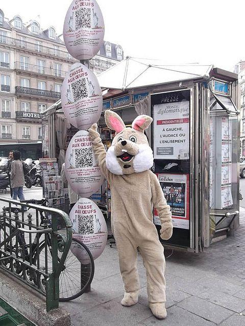 Chasse aux oeufs dans Paris avec Urban Pulse.  Prochains évènements sur http://www.urbanpulse.fr
