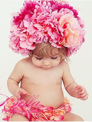 Gorgeous Petal Bloomer and Bonnet Set