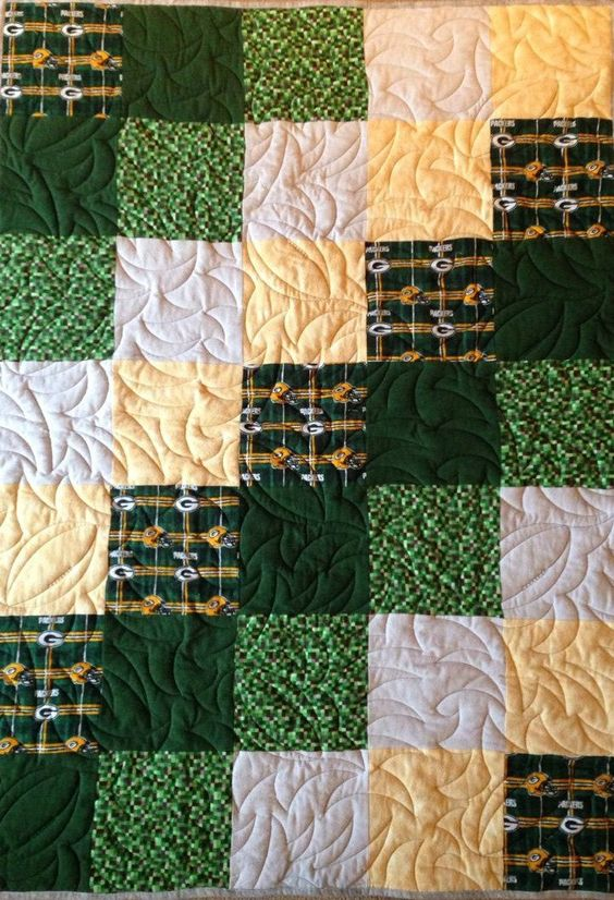 Green Bay Packers Quilt by NeNesQuilts on Etsy | Quilts by NeNes ... : green bay packers quilt - Adamdwight.com