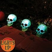 Skull Pathway Lights 3ct