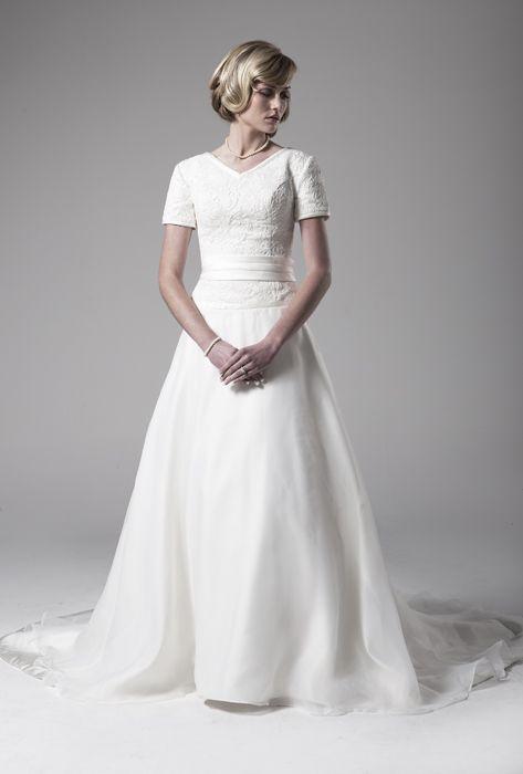 Modest wedding dresses The o&39jays and Wedding on Pinterest