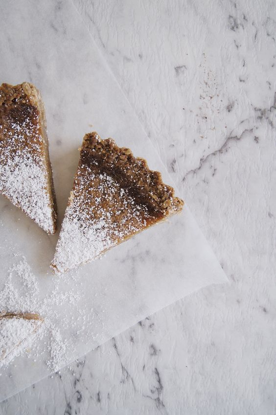 THE PIE PROJECT | momofuku crack pie | Fiddle and Spoon
