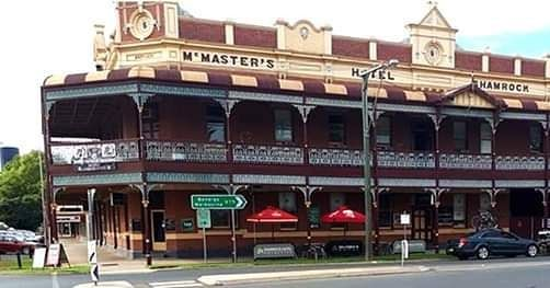 Mcmaster S Shamrock Hotel Rochester Victoria Photo Peter Geary