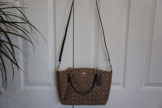 NWT Coach F58283 Outline Signature Small Kelsey Satchel Handbag Khaki Brown $118.0