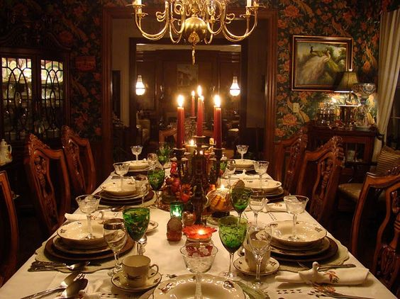 Thanksgiving table and dinners