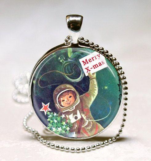 vintage astronaut charm - photo #28