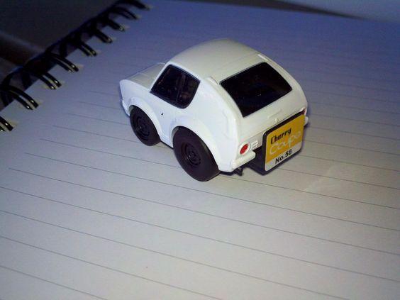 Choro-Q Nissan Cherry