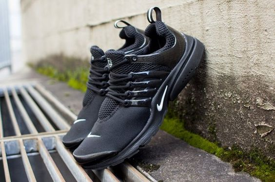 Nike Air Presto Black White