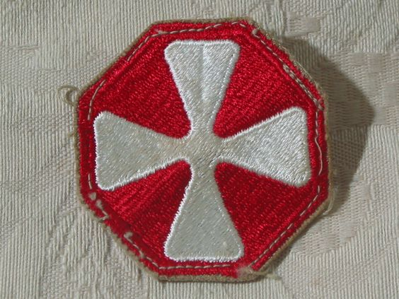 "MILITARY SHOULDER PATCH 8th ( Eighth ) United States Army "" Pacific Victors ""  Junk_585  http://ajunkeeshoppe.blogspot.com/"