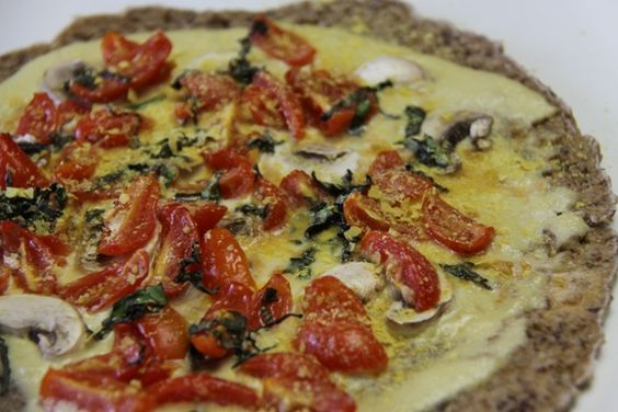#Raw Cheeze Pizza: If you don't have a dehydrator, you can use your oven on its lowest possible setting. #vegan
