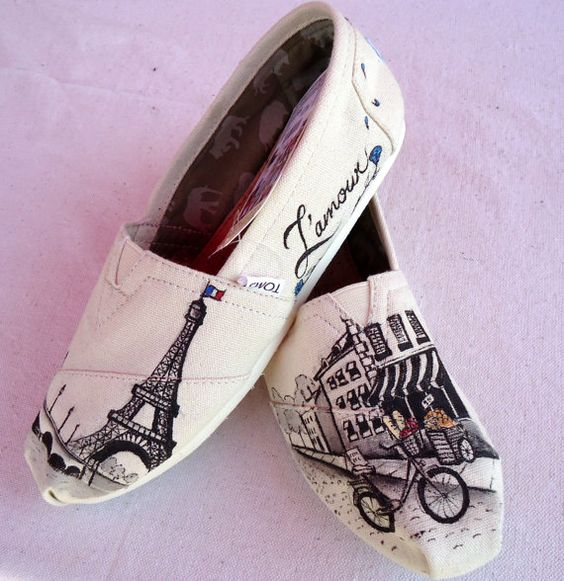 Paris TOMS -- Love these!!! Def trying it! =.): Themed Toms, Tom Shoes, Paristoms, Toms Shoes, Paris Toms, Paris Themed, Shoes Shoes