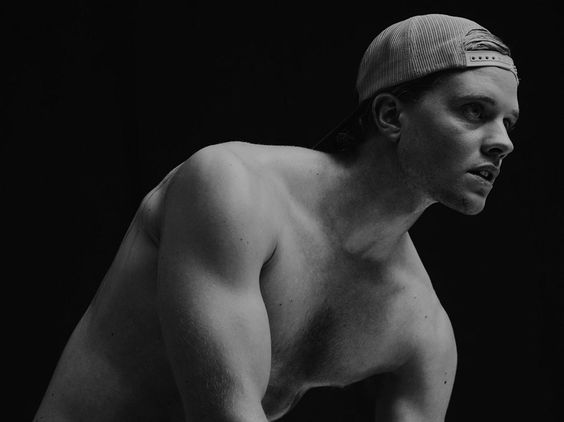 Jonny Weston 130430 05