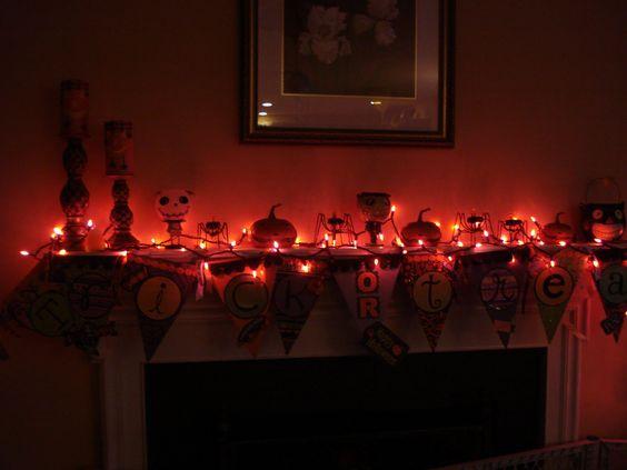 velas y decoración de Halloween