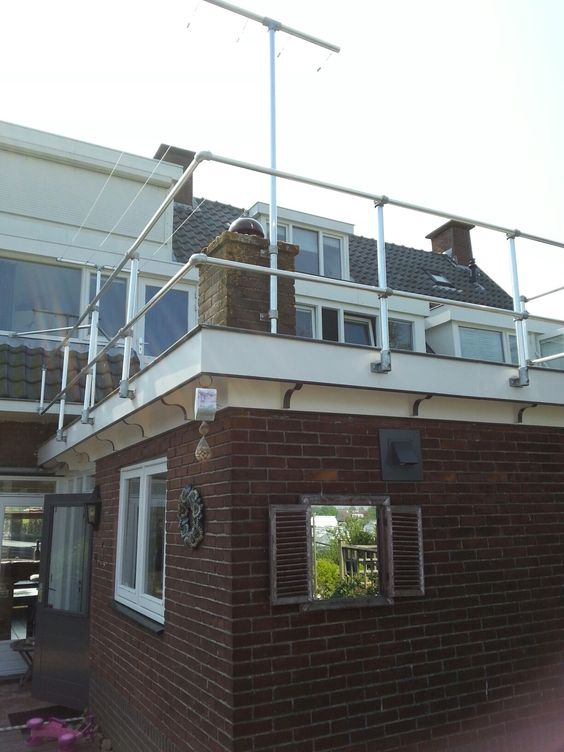 balustrade dakterras balkon meubels reclameframes en accessoires van steigerbuis en. Black Bedroom Furniture Sets. Home Design Ideas