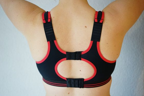 5 EASY TIPS TO FIND THE PERFECT SPORTS BRA #FuelYourWardrobe #LifeFuels