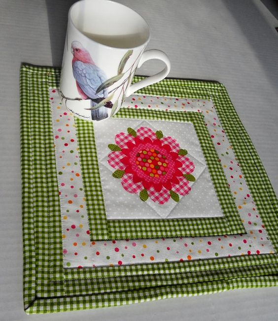 Quilted Mug Rug Mini Placemat Candle Mat Pink Flowers