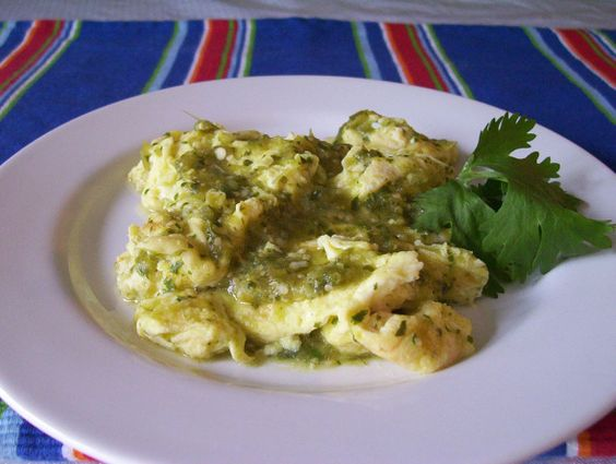 "LOW CALORIE SALSA VERDE SCRAMBLED EGGS:   - Egg Beaters egg whites ""southwestern style"" = 20 calories per 3 tbsp  -Diced or whole jalapeños = 0 calories  -Salsa Verde (I used ""La Victoria think'n chunky"") = 10 calories per 2 tbsp  -Morning Star farms original sausage patties = 80 calories per patty  -4 cheese blend mexican= 80 calories per 1/4 cup    Cook patty in skillet for 8 minutes. Add 1-2 egg whites with 2 tbsp of jalapeños, cook eggs, cut up patty, plate, add cheese/salsa & enjoy"