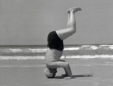 1st Israeli Prime Minister David Ben-Gurion, Tel-Aviv Beach