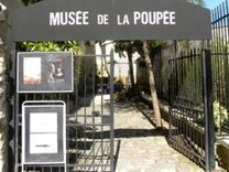 THINGS TO DO - The Musée de la Poupée-Paris, place of amazement, discovery or nostalgia presents more than 500 French dolls from 1800 to 1919 in settings that will enchant the children as well as the adults.