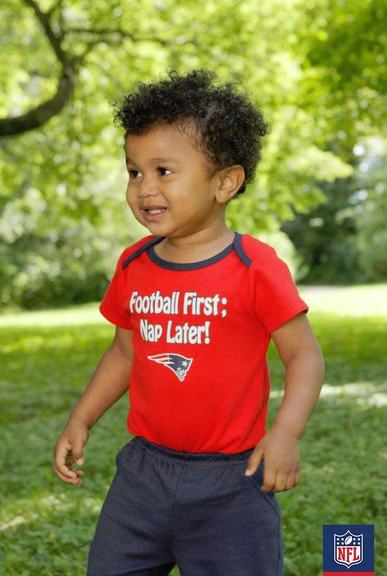 Women's New England Patriots Cream Oversized Fashion Print Team Logo T-Shirt