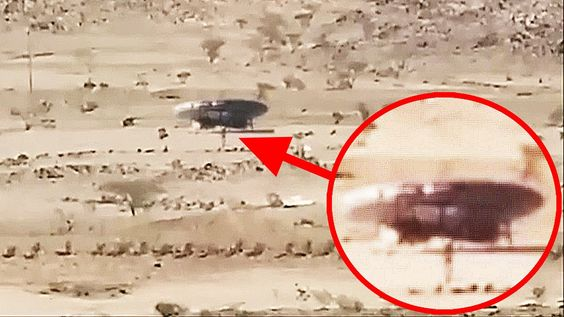 UFO Sightings 2016 | Caught sight ufo and aliens landed in the desert shocking