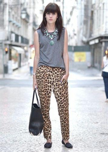 El pantalón que arrasa en la red- Zara