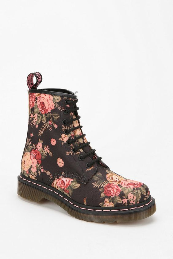 dr martens floral 1460 boot urban outfitters doc. Black Bedroom Furniture Sets. Home Design Ideas