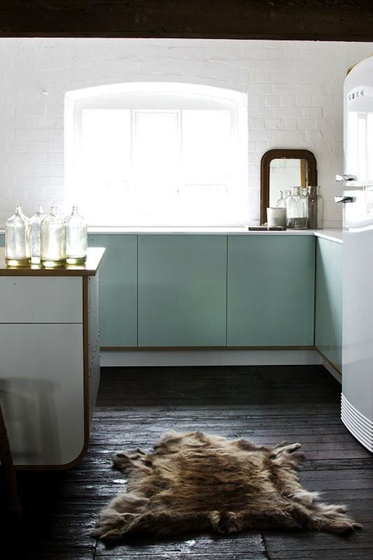 cozy: White Kitchen, Dining Room, Devol Kitchens, Cabinet Colors, Mint Cabinets, Fur Rug, Kitchen Design, Mint Kitchen