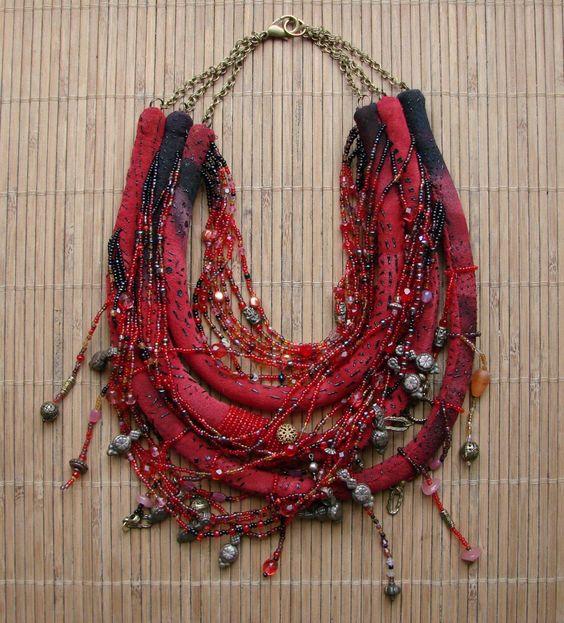 Collier valse tzigane - rouge andalou