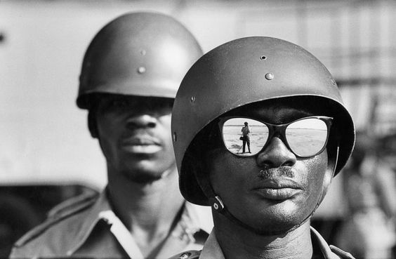 Marc Riboud - Self-portrait, Leopoldville airport (former name of Kinshasa), Congo, 1961
