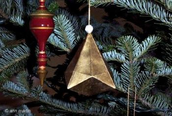 A gorgeous ornament made from recycled card stock! Get the instructions from All Things Paper to make your own!