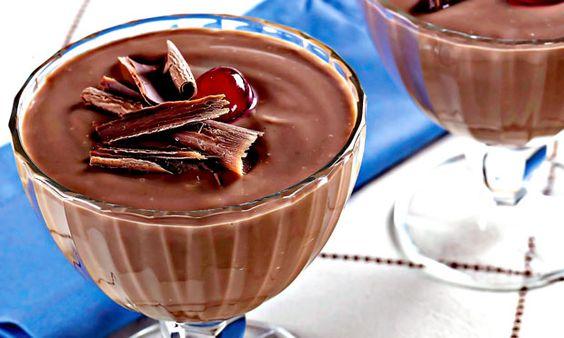 Pudim caseiro de chocolate