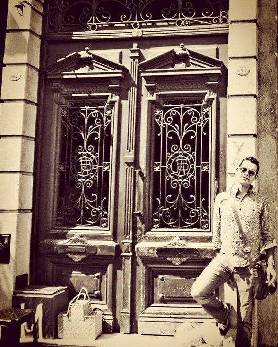 Estive em Buenos Aires 5 vezes. Gosto muito da cidade. Vale a pena conhecer. #santelmo #bsas #argentina #mafalda by allan_vital