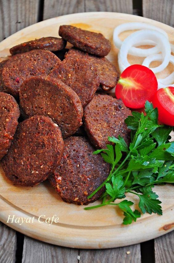Sucuk, Salchicha de res seca, Turquía