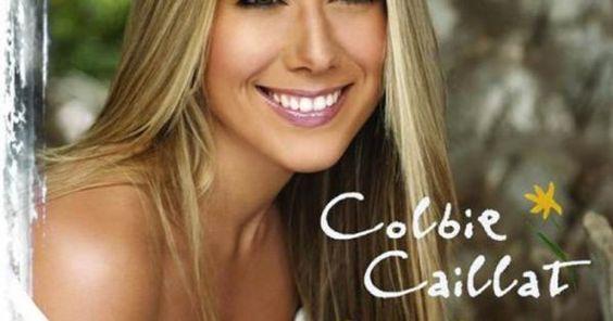 La splendide Colbie Caillat vous entraîne à la plage pour parler de son…